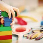 Ciekawe i trwałe zabawki dla dziecka